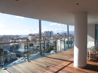Photo for Luxury 2 bedroom apartment in Ocean Village with swimming pool.