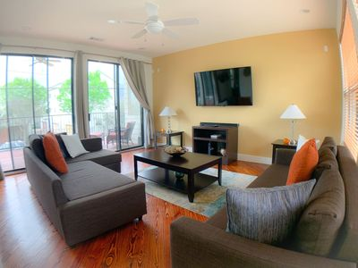 Photo for Alluring Townhome tucked in Central HOU- Sleeps 12