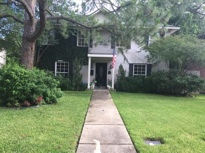 Photo for Home away from home / Luxury in the Heart of Houston 8 mins to Med center/ NRG