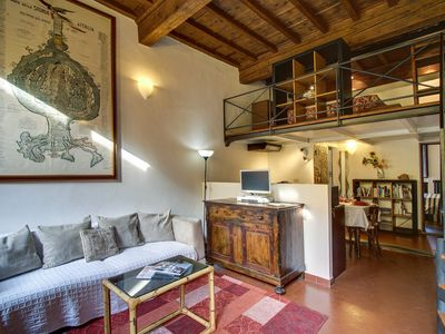 Photo for Apartment in the center of Florence with Internet, Washing machine, Air conditioning (1020078)