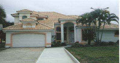 Photo for Beautiful Single Home W/ Pool Ocean Side Close To Beach