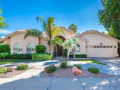 Photo for Newly remodeled luxury 4BR -- walk to Kierland!