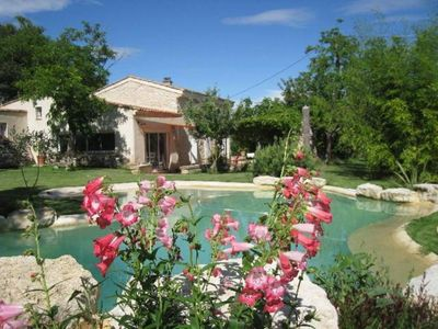 Photo for peace and quiet in Provence in lovely house with swimming-pool