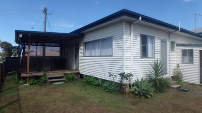 Photo for YAR2/1 - 2 BEDROOM COTTAGE WITH COVERED VERANDA