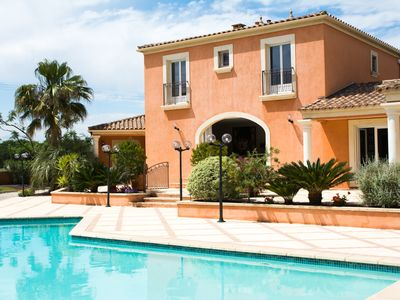 Photo for BEAUTIFUL FAMILY VILLA WITH POOL AND JACUZZI BETWEEN MONTPELLIER AND THE SEA