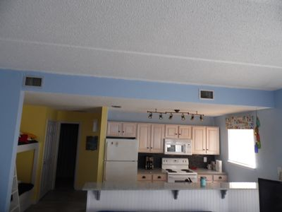 Photo for Cute, one-bedroom, beach-side condo with community pool