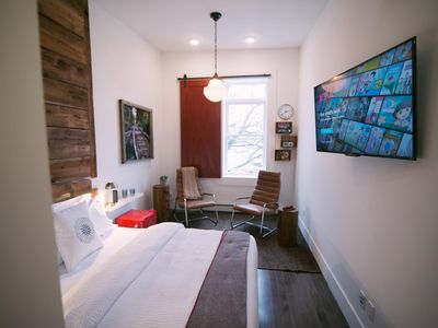 Photo for 1BR Apartment Vacation Rental in Stratford, ON