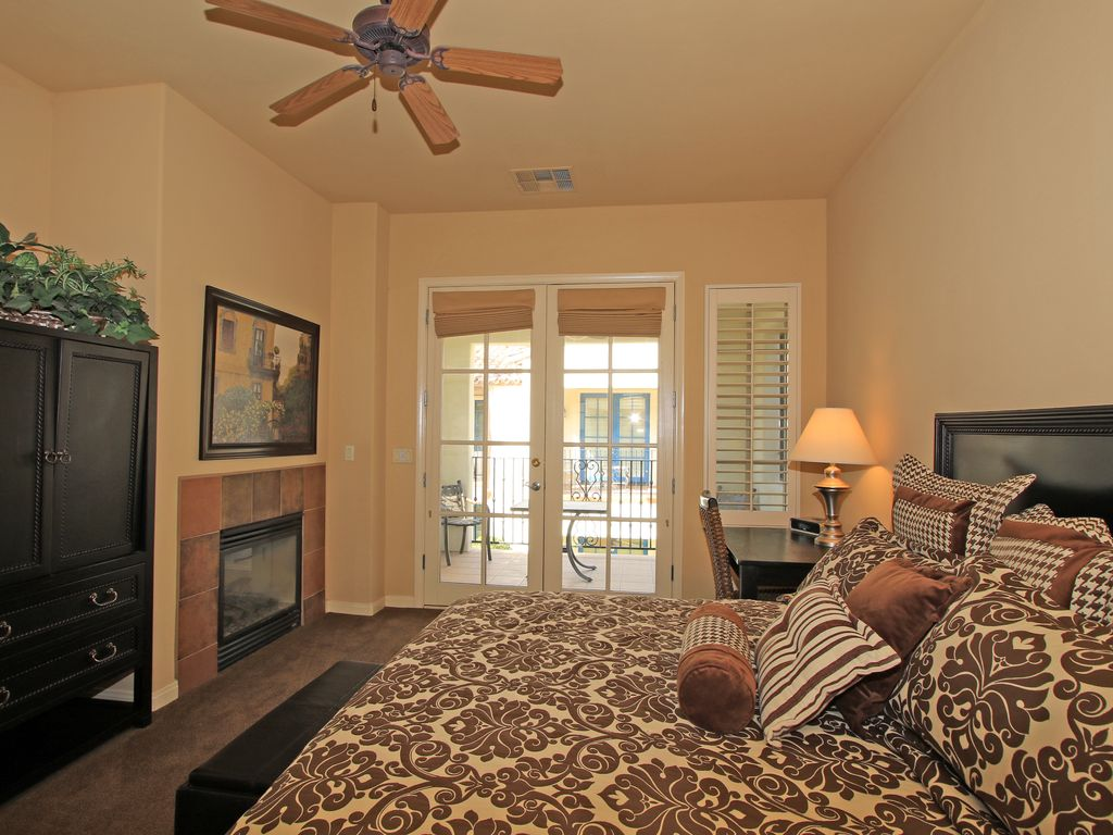 A Spacious Upstairs Studio Overlooking the ... - VRBO
