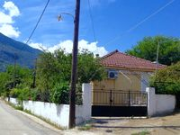 The perfect house for exploring the southern parts of Kefalonia. We plan to return!