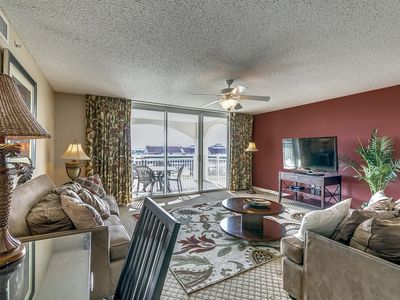 Photo for Yacht Club Villas 3-303, 3  Bedroom Waterfront Condo, Hot Tub and Free Wi-Fi!