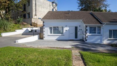Photo for Sands Retreat - Two Bedroom House, Sleeps 4