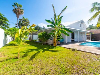 Photo for VILLA TROPICAL, Nice house with pool near the sea