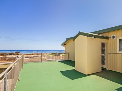 Photo for Sun and Fun - Cosy Esplanade Apartment Centrally Located with Stunning Sea Views