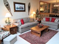 Great place to stay ! Neat clean tidy and comforts of home.! Owners kept in touch with quick respon