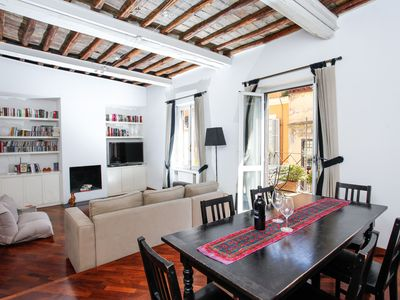 Photo for Above Pantheon Roof - Apartment for 6 people in Roma