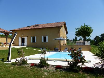 Photo for A beautiful renovation with swimming pool for a successful stay!