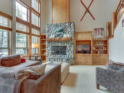 Photo for Comfortable lodge w/ private hot tub & shared pool - SHARC passes included!