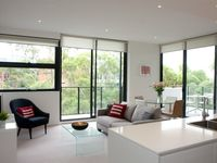 We recently stayed at this lovely and efficient apartment in the Macquarie Park neighborhood of
