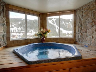 Photo for Large 3 BR/3 BA Near Mountain House Lifts; Private Hot Tub in unit; 7 beds
