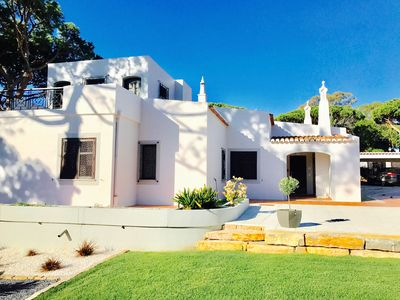 Photo for Vale do Lobo - 4bedroom Villa on the beach - with heated pool