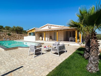 Photo for Private countryside villa with pool