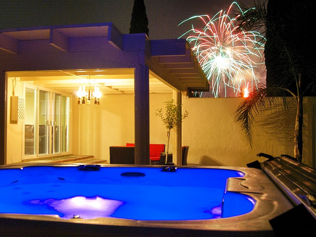 Walk with the kids to Disney, Watch Fireworks from the Hot Tub ...