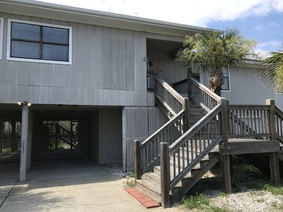 "Photo for ""My Sisters"" Beach House Large,Comfy, Clean ,Pool, 3 Blocks to the Gulf"
