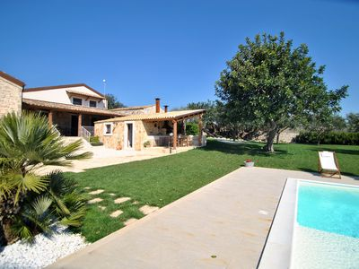 Photo for Villa with pool, countryside views and sea views