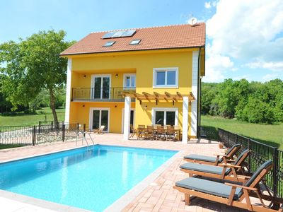 Photo for DETACHED HOLIDAY HOME WITH SWIMMING POOL FOR UP TO 10 PERSONS