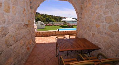 Photo for One bedroom apartment with terrace and sea view Potočnica, Pag (A-3075-u)