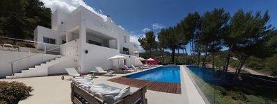 Photo for Modern Luxury Villa, Harbour Views - 15 mins to Cala Jondal/Blue Marlin/Es Torre