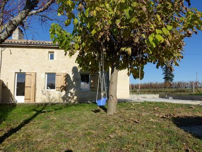 Photo for House in the middle of vineyards with enclosed garden, ideal families