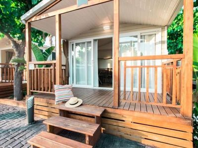 Photo for Camping Le Lac Bleu *** - Cottage Loggia Premium Air-conditioned 3 rooms 4/6 people
