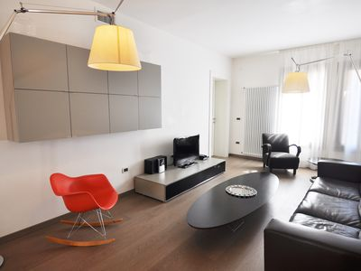 Photo for Stylish and bright 100 meters from San Marco square, sleep 7