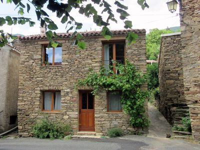 Photo for Self catering holiday rental La vigne magique