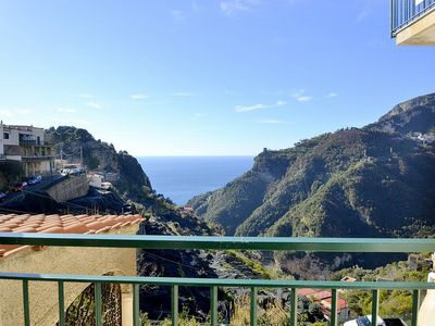 Photo for Casa Amelia: A graceful apartment in a quiet position, located on a hillside above the sea, with Free WI-FI.
