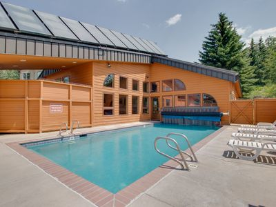 Photo for Mountainview condo w/ shared pool, just minutes from Dillon attractions
