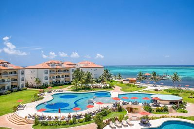 The beautiful 5 star Grand Caribe with 6 pools, 2 jacuzzis & outstanding servic