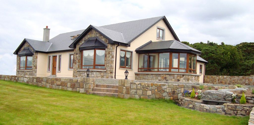 Luxury holiday home in the west of ireland vrbo for Luxury holiday rentals ireland swimming pool