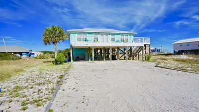 Photo for PRIVATE HOME, GREAT BEACH VIEWS/SUNSETS, COASTAL DECOR, WALK TO RESTAURANT/BAR/DELI, GREAT FOR FAMILIES