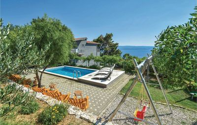 Photo for 8 bedroom accommodation in Omis