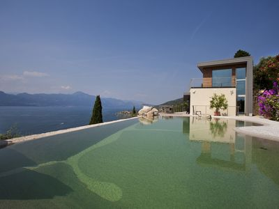 Photo for House with infinity pool & amazing view