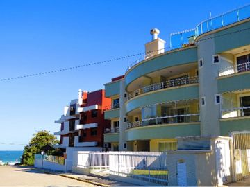 Search 197 holiday rentals