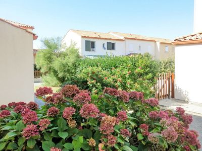 Photo for Vacation home Les Goelands (BTI264) in Bretignolles sur Mer - 5 persons, 3 bedrooms