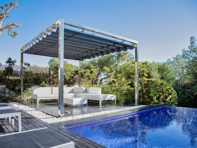 Photo for Luxurious villa with spectacular Seaview,  Airco and private Infinity pool