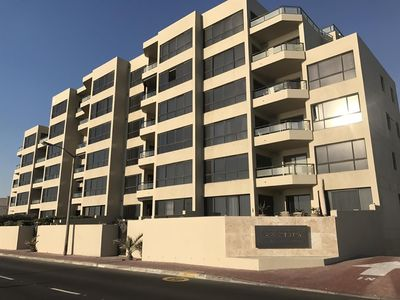 Photo for Apartment in Cape Town with Air conditioning, Lift, Parking, Terrace (632341)