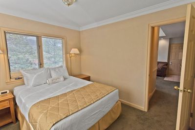 The Historic Crags Lodge Master Bedroom