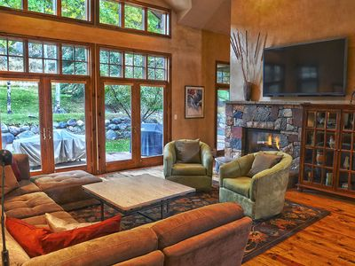 Beautiful Arrowhead Home-5 minutes from Arrowbahn chairlift