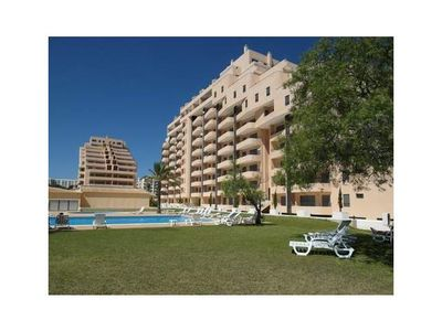 Photo for New 1 bedroom apartment in gated community 200 meters from Praia da Rocha