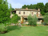 Quiet and enchanting, garden of eden, with a pool ! Tuscan perfection.